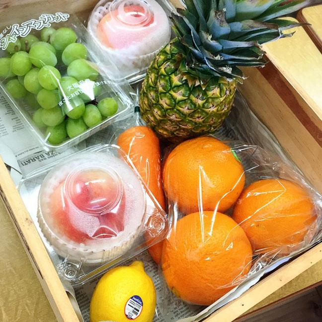 和歌山からの新鮮なフルーツ