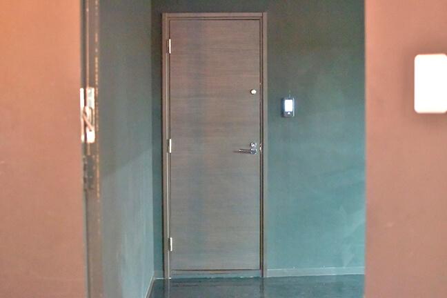 ジョイントメディアの事業企画室の扉