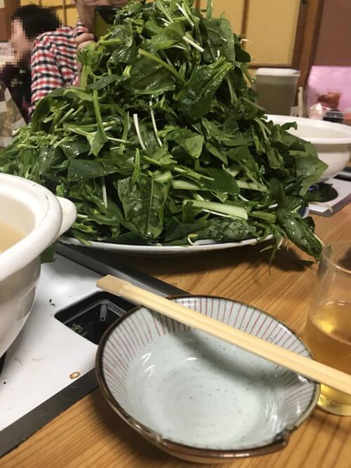 堺名物の草鍋、鍋いっぱいに盛られた野菜でヘルシー
