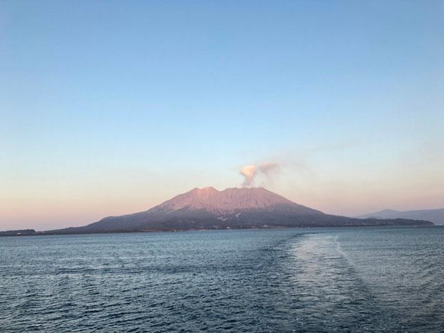 鹿児島の桜島画像