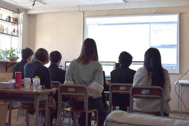 中学生の職業訓練でセミナーを開催