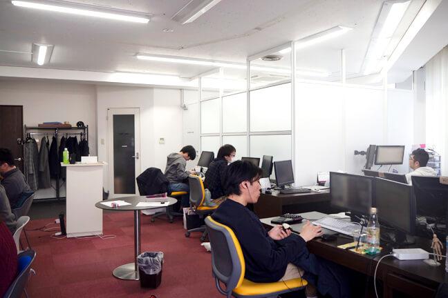 スタッフのオフィスルーム2